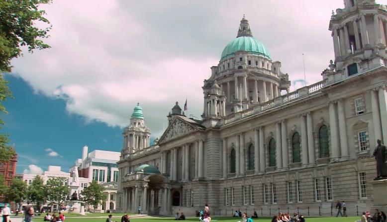 بلفاست عاصمةآيرلندا الشمالية