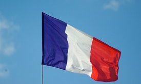 اللجوء في فرنسا - مميزاته وعيوبه