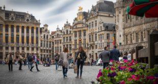 كيف تحصل علي الأقامة والجنسية البلجيكية ؟