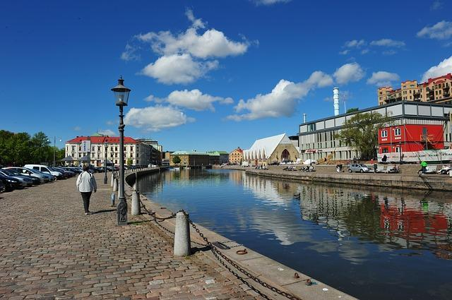 اللجوء في السويد وأنواع الإقامة التابعه له ودور مصلحة الهجرة السويدية