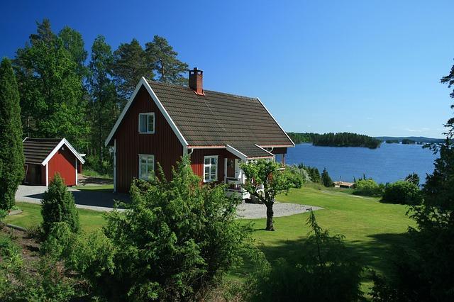 عقد عمل في السويد و أفضل مواقع البحث عن عمل