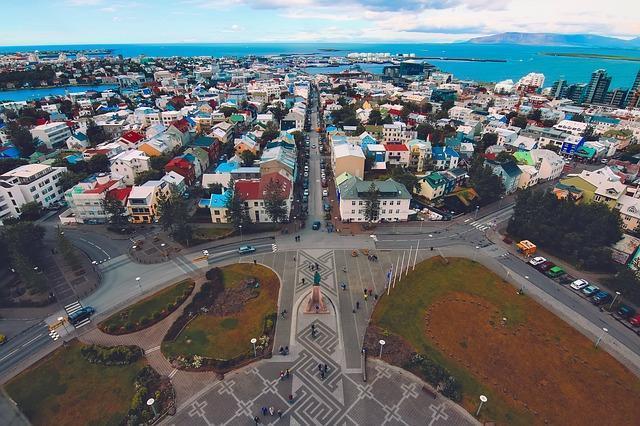 العمل في آيسلندا - المهن المطلوبة في آيسلندا ومستوي الأجور