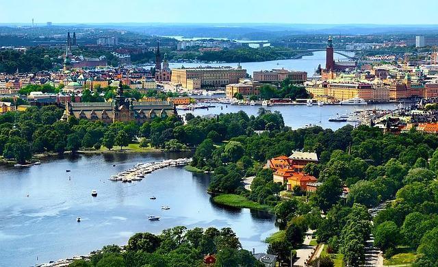 شروط الحصول على تصريح العمل في السويد