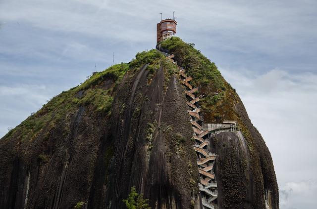 السياحة في جواتابي بمقاطعة أنتيوكيا - كولومبيا