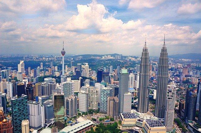 الدراسة في ماليزيا من حيث الشروط والمميزات وافضل الجامعات الماليزية