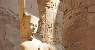 السياحة في الريفييرا المصرية المطلة علي البحر الأحمر والبحر المتوسط