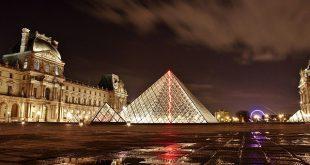 الإقامة في فرنسا بفيزا السياحة والحصول علي بطاقة الإقامة الفرنسية