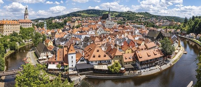 الدراسة في التشيك - إجراءات وخطوات التقديم للجامعات التشيكية