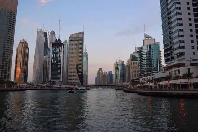 شروط إلغاء الإقامة في الامارات وبطاقة العمل في الأمارات