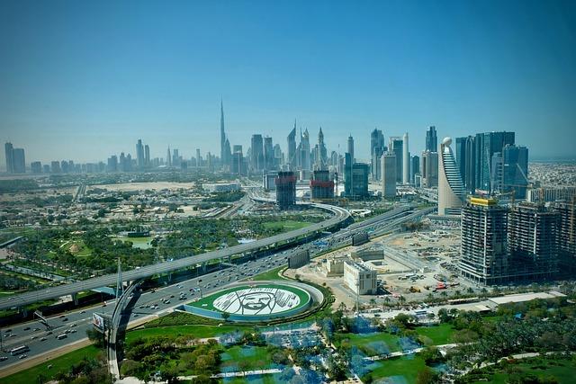 كيفية إلغاء تأشيرة الإقامة في الإمارات وبطاقة العمل؟